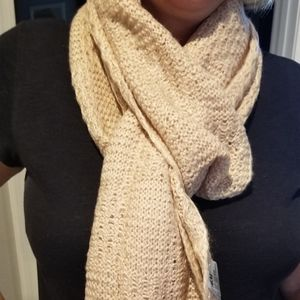 H&M pearlescent pink scarf